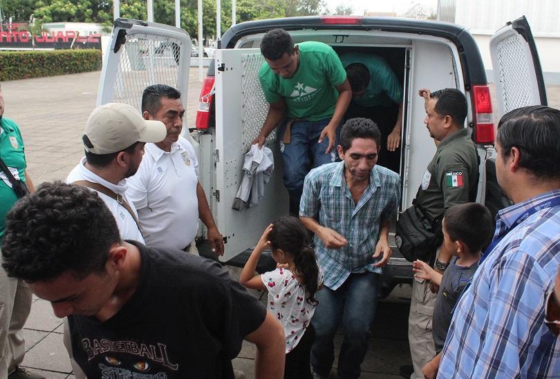 Властите в Мексико спасиха 24 мигранти от Централна Америка, включително