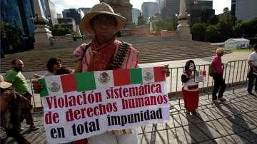 Протест срещу президента на Мексико в Деня на независимостта