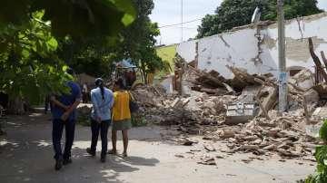 Продължава издирването на затрупани под отломките след земетресението в Мексико