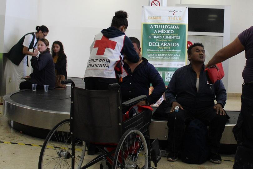 расте броят ранените самолетната катастрофа мексико