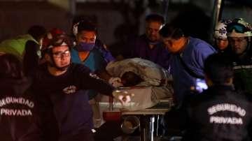 Расте броят на жертвите при взрива на тръбопровод в Мексико