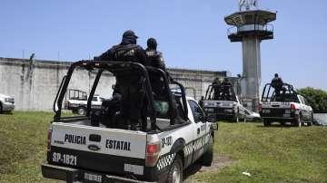 Седем души загинаха по време на бунт в мексикански затвор