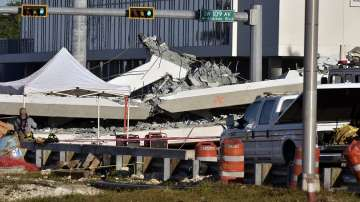 Разследват причините за срутването на мост в Маями