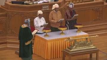 Новият президент на Мианмар положи клетва