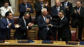 Парламентът в Гърция гласува доверие на правителството