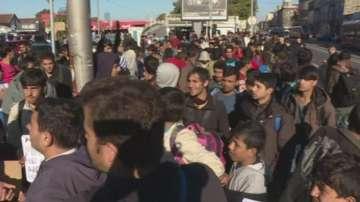 Протестно шествие на мигранти от Белград към унгарската граница