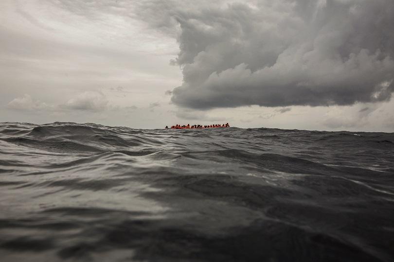 мароканската брегова охрана спаси 360 нелегални мигранти средиземно море