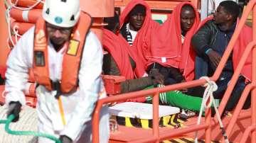 Спасиха 79 мигранти, бедстващи край Канарските острови