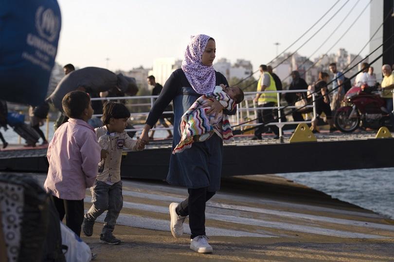 Броят на пристигащите в Гърция бежанци и мигранти тази година