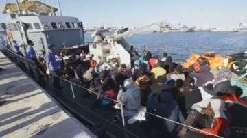 75 мигранти бяха спасени край Либия