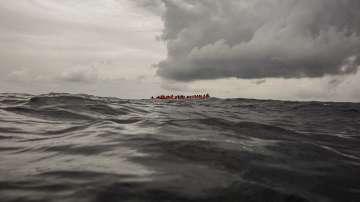 117 мигранти може да са загинали при потъването на корабче край Либия
