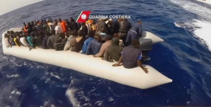 Най-малко 15 мигранти са загинали при преобръщане на лодка край Алжир
