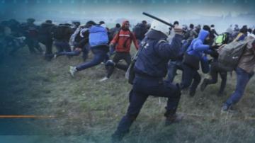 Гръцката полиция край Солун блокира пътя на мигрантите към Северна Македония