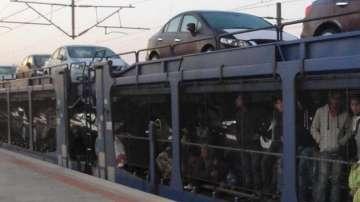 Задържаха 56 незаконни имигранти в товарен влак на ГКПП Капитан Андреево