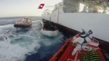4500 спасени мигранти в Средиземно море