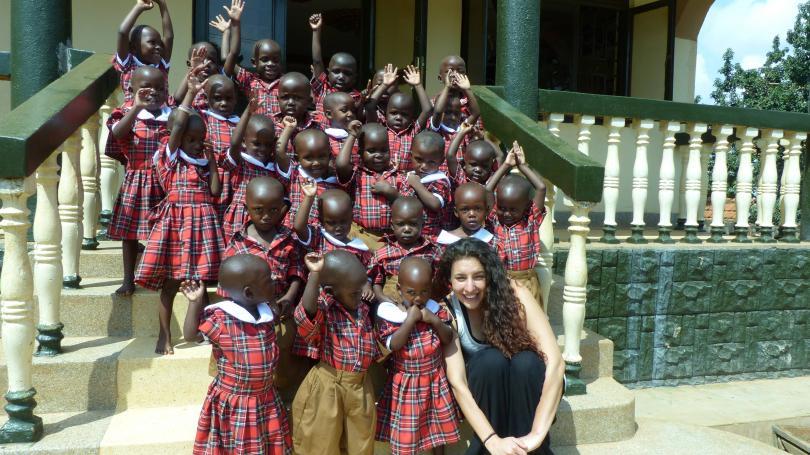 михаела стойкова доброволец африка всички африкански държави опасни