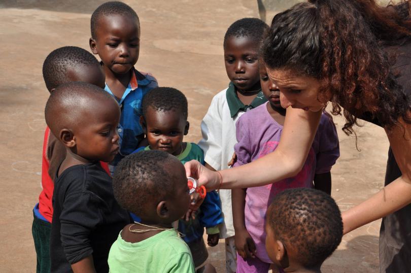 снимка 3 Михаела Стойкова, доброволец в Африка: Не всички африкански държави са опасни