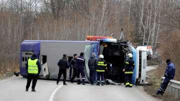Трима души загинаха при тежка катастрофа с автобус на пътя София-Варна