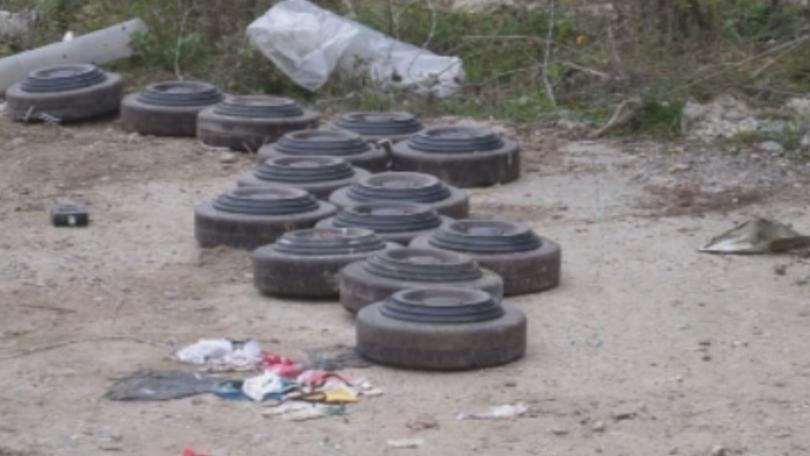 Противотанкови мини откриха край Разград, по черен път в посока