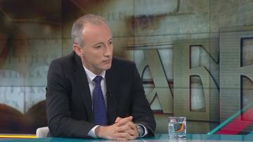 Министър Вълчев: Възлагаме всичките си надежди на образованието