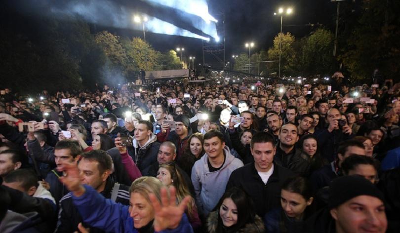 снимка 2 София е блокирана заради митинг-концерта на Орлов мост