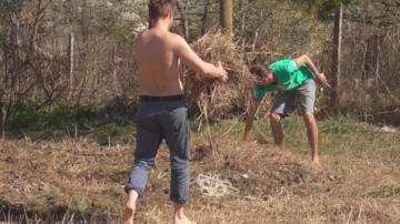 Младежи от Холандия намират хармония във видинското село Връв