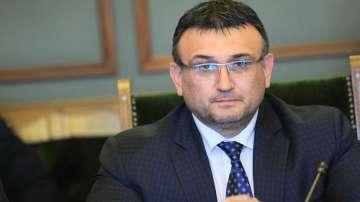 МВР няма да строи бежански лагери, увериха от министерството