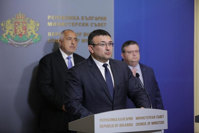 Заради случая в Сливен вътрешният министър Младен Маринов заяви, че