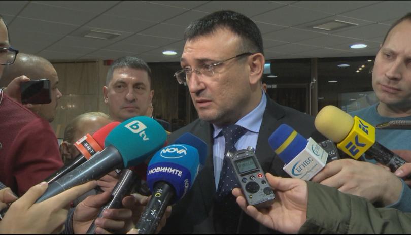 Министър Младен Маринов: Разширяваме проверките в лечебните заведения