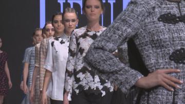 Седмицата на модата вече е открита - с какво изненадва пролетно-лятното издание?