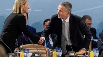До две седмици кораби на НАТО влизат в помощ срещу трафика на мигранти