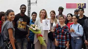 Федерика Могерини е на посещение в Куба