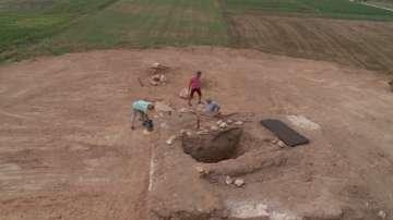 В могилата Малтепе край Маноле вероятно е бил положен късен тракийски владетел