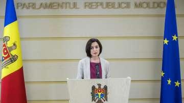 Бившата управляваща партия в Молдова предаде властта, за да спре кризата