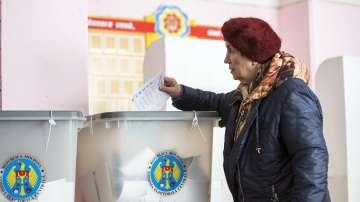 В Молдова избират парламент