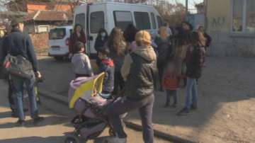 В мобилен кабинет ваксинират срещу морбили в столичния квартал Христо Ботев