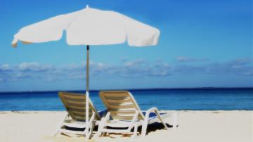 """""""Галъп"""": 54% от българите не планират да почиват това лято"""