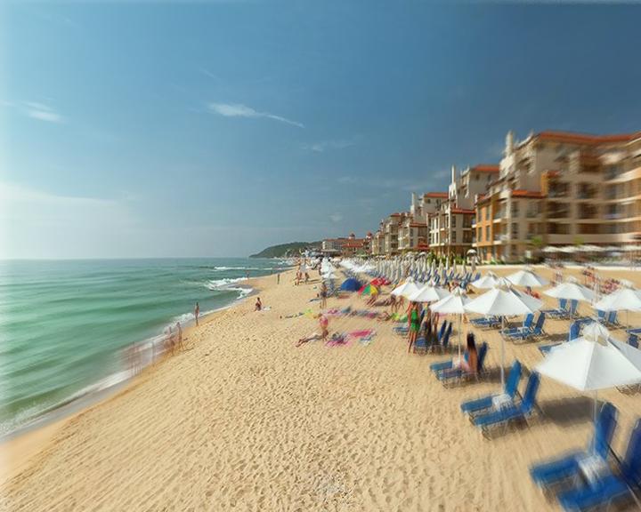 Туроператорите отчитат сериозен спад на записвания на туристи от Русия