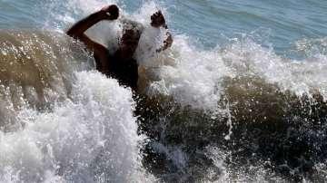 Опасно мъртво вълнение се очаква по Черноморието следващите дни