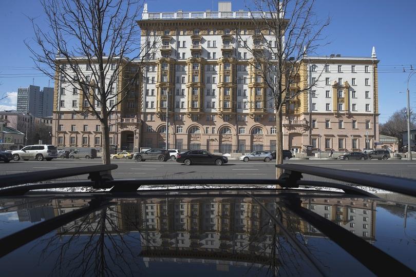 американски дипломати започнаха напускат москва