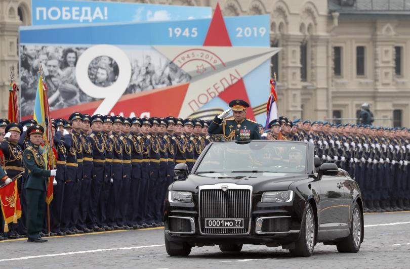 снимка 4 В Москва се проведе традиционният парад за Деня на победата (СНИМКИ)