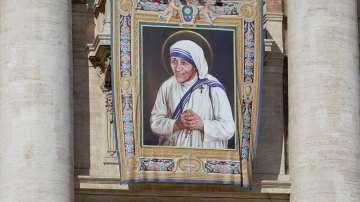 Света Тереза Калкутска е седмата светица с името Тереза в католическата църква