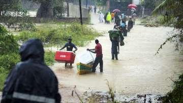 Мозамбик е на ръба на хуманитарна криза след наводненията