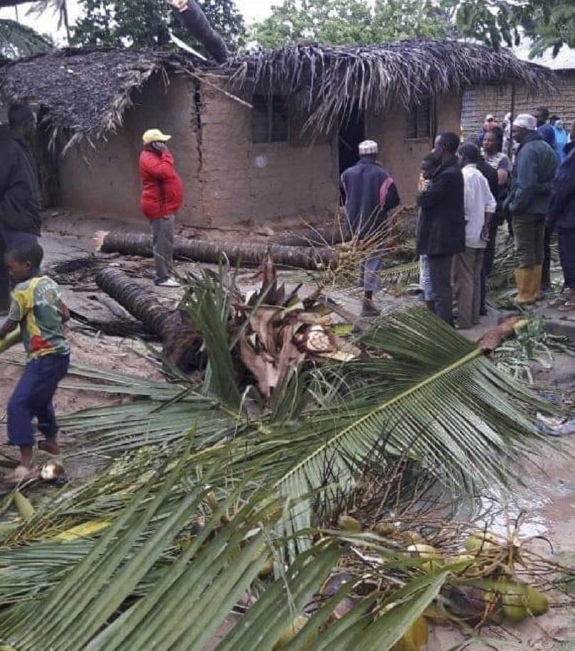 Циклонът Кенет взе живота на поне 8 души в Мозамбик