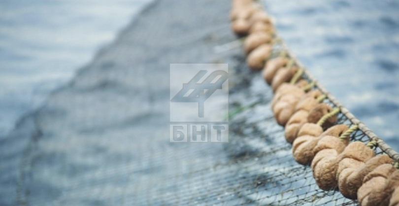 иззеха 200 метра бракониерски мрежи язовир ястребино
