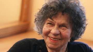 Състоянието на Стоянка Мутафова е добро, но актрисата остава под наблюдение