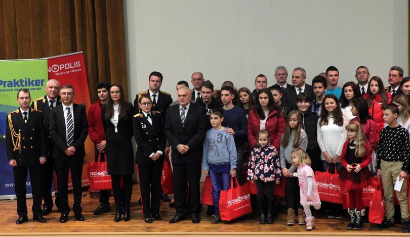 Министерството на вътрешните работи разпредели средствата, събрани в Националната благотворителна