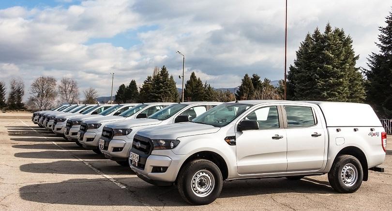 Снимка: МВР получи 9 нови автомобила, обособени като технически работилници