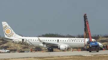 Самолет се приземи само със заден колесник в Мианмар