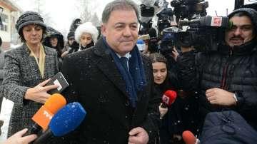 Николай Ненчев се яви в Столичното следствие